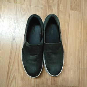 VINCE Slip-on Shoes Size 6